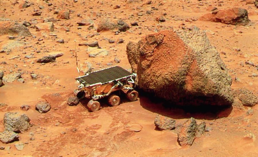 sojourner-robotic-vehicle-on-mars