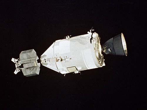 apollo with docking module